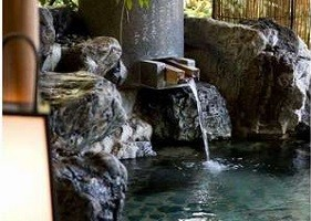 三千年の歴史を持つ道後温泉の湯をゆったりとお楽しみください。
